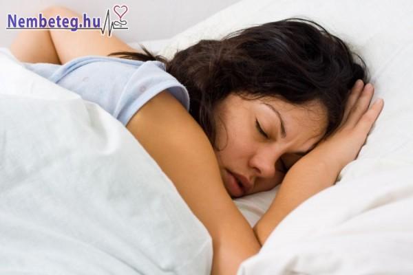 Az alvás közbeni rángatózás okai