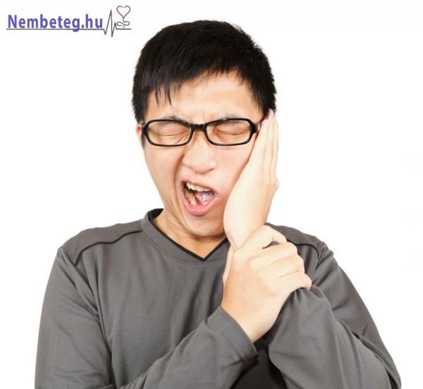 Idegőrlő fogfájás