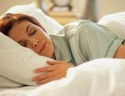Az alvás jellemző fázisai