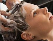 A túl gyakori hajmosás többet árt, mint használ